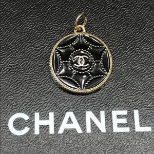 Authentic Chanel Zipper Pull - Black/Gold